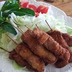 串かつ、塩鮭、炊き込みご飯